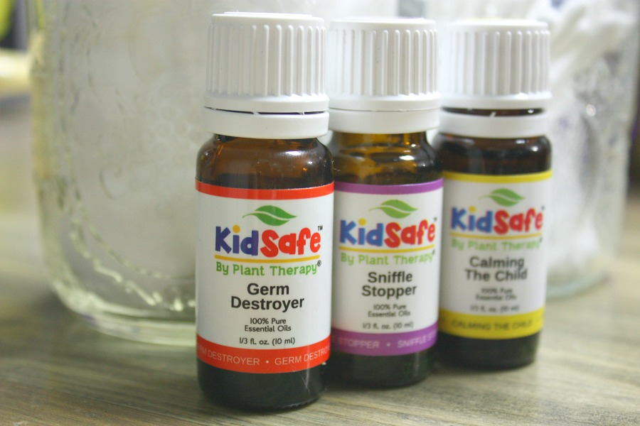 How To Win Some Amazing Kid-Friendly Essential Oils | Growing Up Herbal | My friends at Plant Therapy are giving some KidSafe blends away to 5 GUH readers!