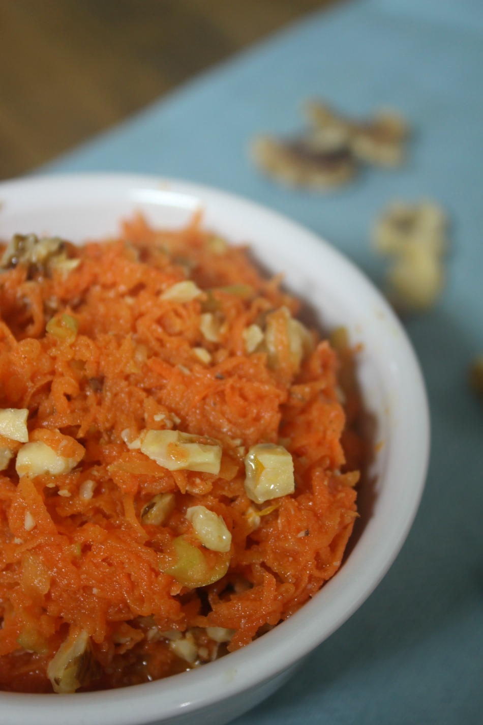 Sweet And Sour Carrot Salad | Growing Up Herbal | If you struggle with getting your kids to eat veggies, you'll love this delicious carrot salad recipe.