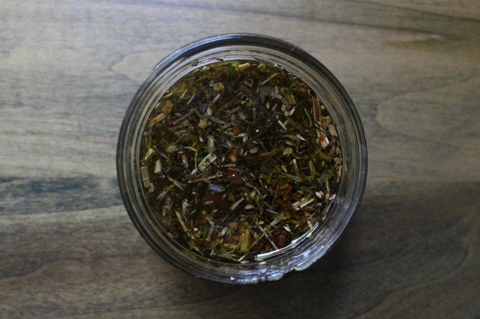 DIY Deep Tissue Herbal Oil For Hardworking Men | Growing Up Herbal | Here's an herbal recipe to help soothe sore, achy muscles (and more). Perfect for the hardworking man in your life!
