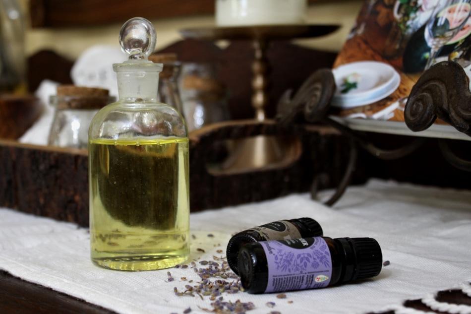 Valentine's Day massage oil